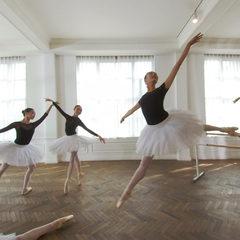 芭蕾舞训练室